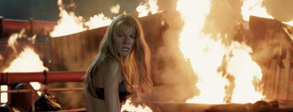 gwyneth-paltrow-bra-iron-man-3